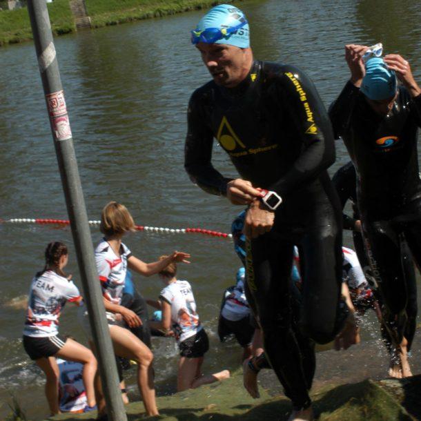 Regensburger-Triathlon-Ausstieg